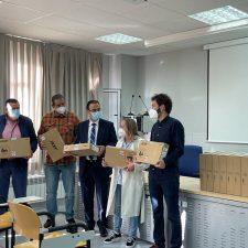 El Ayuntamiento de Ribadedeva entrega 40 ordenadores portátiles al colegio público de Colombres