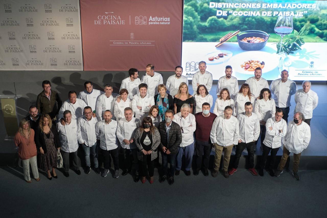 Ocho de los 32 Embajadores de la Gastronomía Asturiana son cocineros del Oriente de Asturias