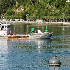 Foro y PP exigen el dragado prometido en la dársena pesquera de Ribadesella